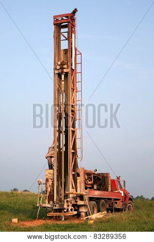 Water well digging equipment