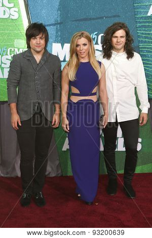 NASHVILLE, TN-JUN 10: (L-R) Singers Neil Perry, Kimberly Perry and Reid Perry of The Band Perry attend the 2015 CMT Music Awards at the Bridgestone Arena on June 10, 2015 in Nashville, Tennessee.