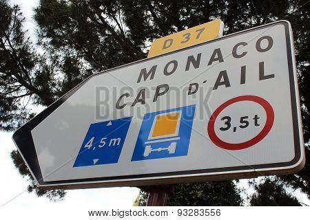 Monaco Traffic Road
