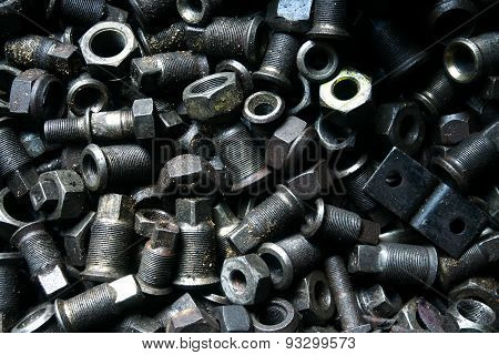 Used and surplus nuts and bolts