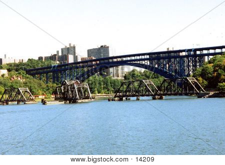 Bridges In New York