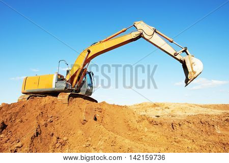 loader excavator at work