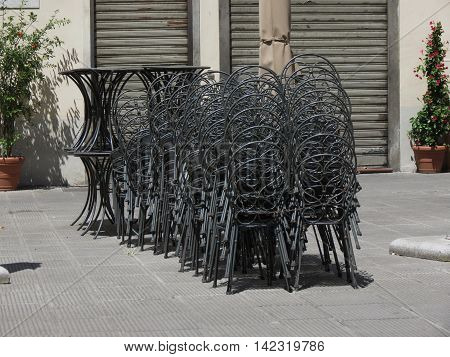 Iron Tables And Chairs
