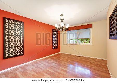 Empty Room Interior With Latticework Decor On The Walls