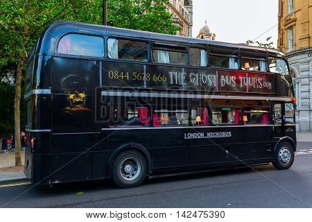 Old Routemaster Bus In London For Scary Sightseeing Tours