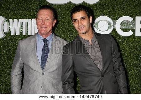LOS ANGELES - AUG 10:  Robert Patrick, Elyes Gabel at the CBS, CW, Showtime Summer 2016 TCA Party at the Pacific Design Center on August 10, 2016 in West Hollywood, CA