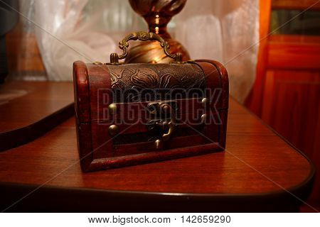 Photos for download, with the mysteries of the chest, a treasure chest for storage.