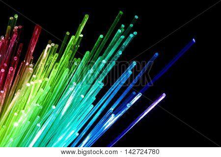 optical fiber cables transmission data