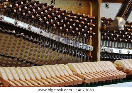 Tuning-Up Klavier