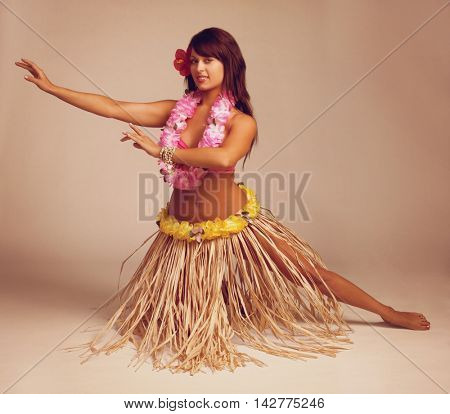 Pretty hawaiian tropical hula dancer