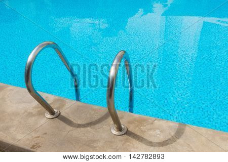 Swimming pool with stairs