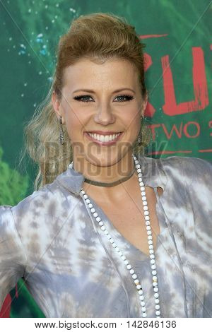 LOS ANGELES - AUG 14:  Jodie Sweetin at the