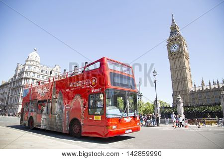 Open Top Site Seeing City Tour Bus Passes Big Ben