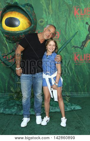 LOS ANGELES - AUG 14: Titus Welliver, daughter Cora at the premiere of Focus Features' 'Kubo and the Two Strings' at AMC Universal City Walk on August 14, 2016 in Los Angeles, California