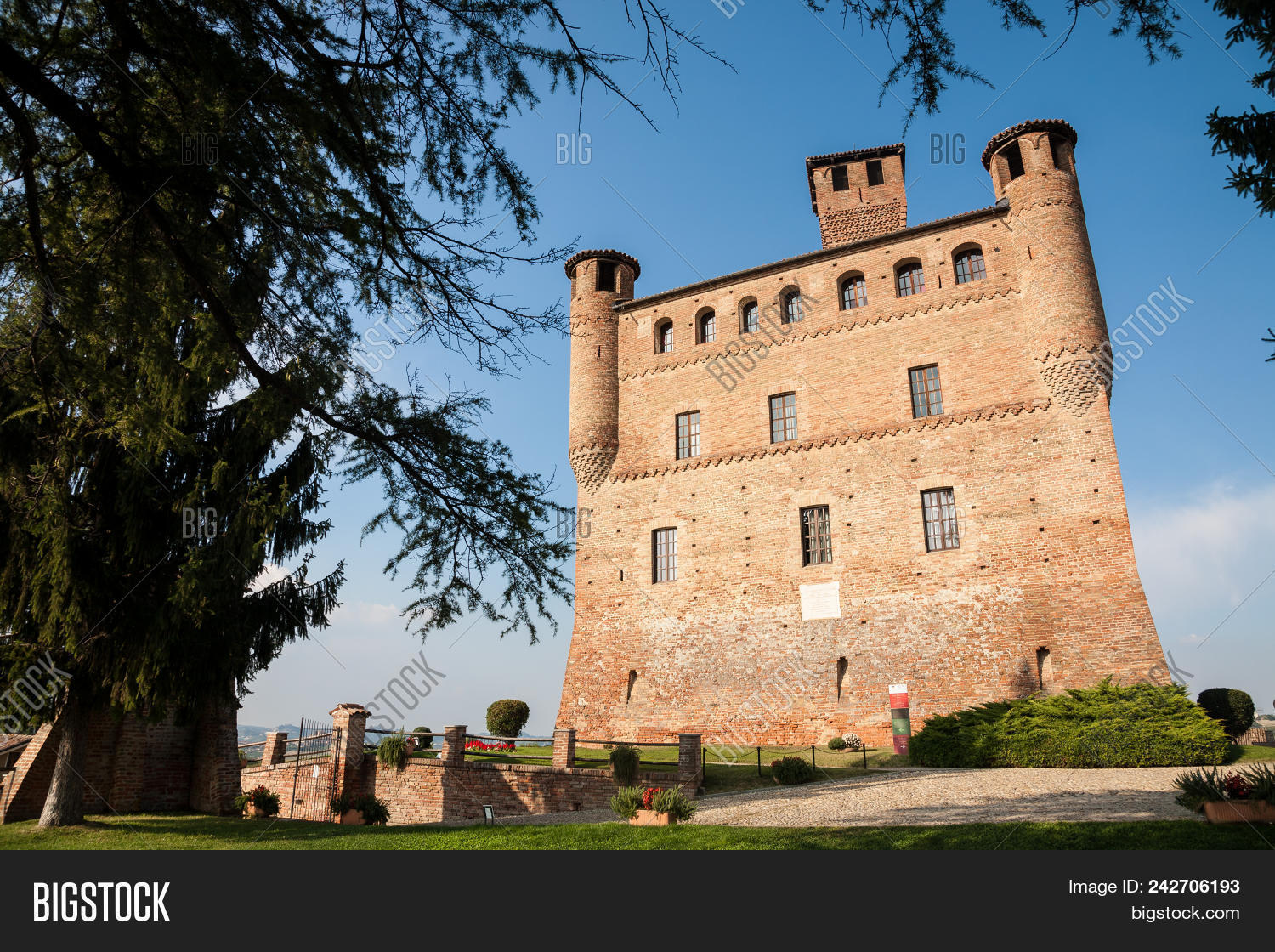 grinzane cavour italy 2016 september 27 the red brick castle of grinzane