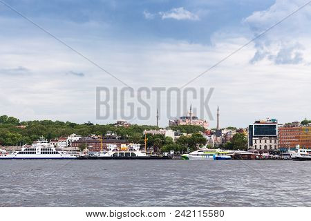 Istanbul, Turkey - May 11, 2018: Excursion Ships Near Quay Of Golden Horn Bay In Istanbul City. Ista