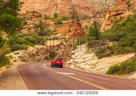 Utah, Usa- September 03, 2017: Car On The Street In Zion National Park. The Park Is Located In South