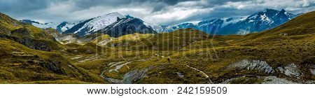 Panoramic View Of The Alpine Mountains Of Cascade Saddle, Mount Aspiring National Park, New Zealand