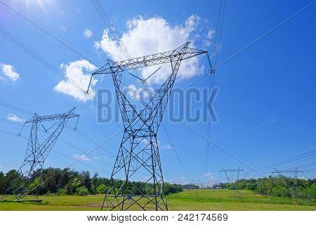 Hydro Electric Electricity Power Plant, Rio Uruguay Embalse Salto Grande, Salto, Uruguay Argentina,