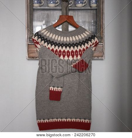 Sweater Gray With Red Jacquard Pattern On Gray Background