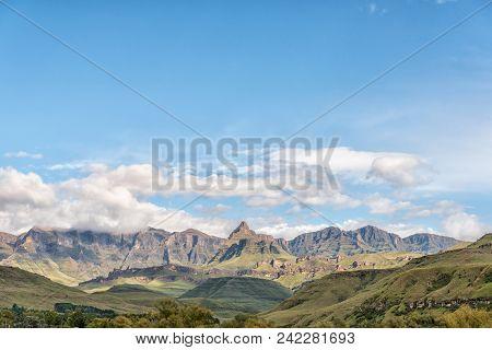 The Drakensberg At Garden Castle Near Underberg. Rhino Peak (3056m Above Sea Level) Is Visible In Th