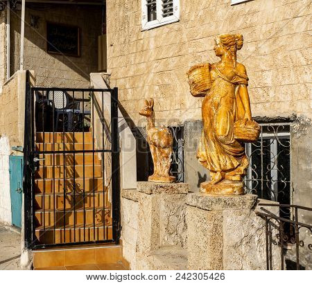 Acre, Israel - March 23, 2018: Sculptures Near The Home Entrance In The Old City Of Akko