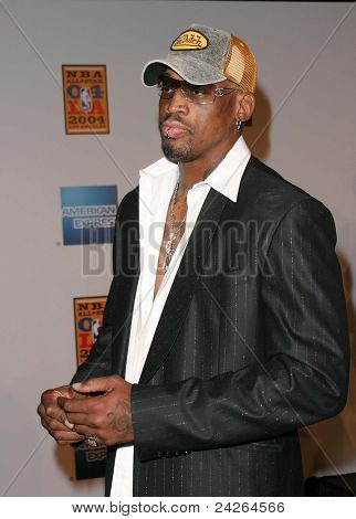 LOS ANGELES - FEB 12: Dennis Rodman at the 'A Tribute to Magic Johnson - The official tip-off to NBA All-Star 2004 Entertainment' on February 12, 2004 at the Shrine Auditorium, Los Angeles, California