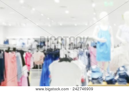 Blurred Image Of Mannequins In Shopping Mall, Shopping Concept Or Background