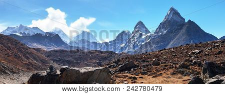 Top Of Mount Everest, Cholo, Kangchung Peak And Nirekha Peak From Gokyo Valley Blue Colored - Way To
