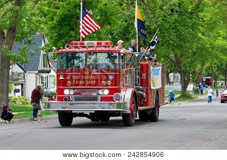 West Saint Paul, Mn/usa - May 19, 2018: Scouts Aboard Fire Truck During Annual West Saint Paul Days