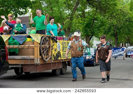 West Saint Paul, Mn/usa - May 19, 2018: Parade Float For West Wind Organization Of The Saint Paul Wi