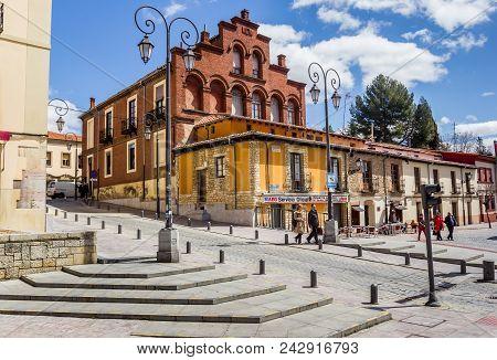 Leon, Spain - April 16, 2018: Colorful Buildings At A Little Square In Leon, Spain