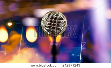 Live Music Background.microphone And Stage Lights.microphone And Stage Lights.concert And Music Conc