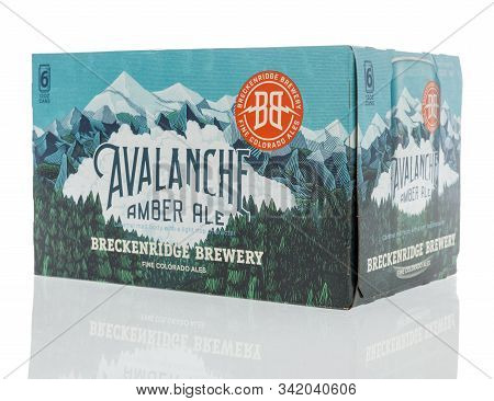 Winneconne, Wi - 26 December 2019 : A Six Pack Of Breckenridge Brewery Avalanche Amber Ale Beer On A