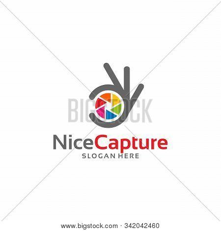 Modern Nice Capture Logo Template Designs Vector