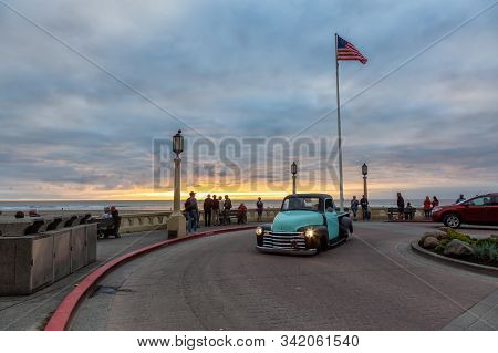 Seaside, Oregon, United States Of America - September 6, 2019: Beautiful View Of A Collectible Car A