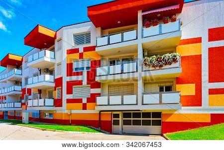 Modern Residential Apartment House In Maribor Slovenia Reflex