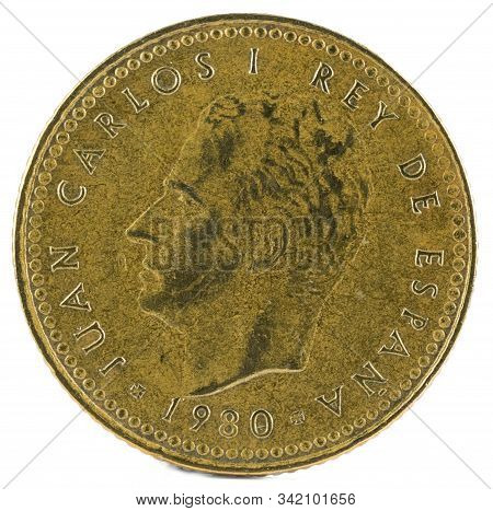 Old Spanish Coin Of 1 Peseta, Juan Carlos I. Year 1980, 81 In The Star. Obverse.