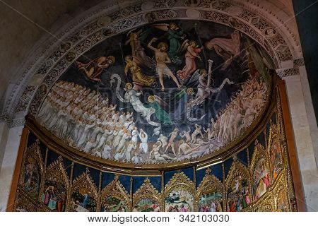 Salamanca, Spain - December 22, 2012:  Altarpiece In The Old Cathedral Of Salamanca. Spain.
