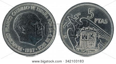 Old Spanish Coin Of 5 Pesetas, Francisco Franco. Year 1957, 71 In The Star.