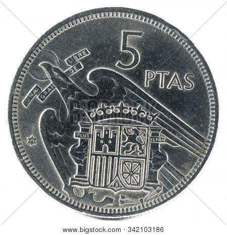 Old Spanish Coin Of 5 Pesetas, Francisco Franco. Year 1957, 71 In The Star. Reverse.