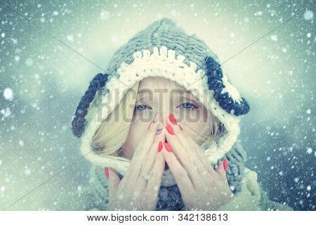 Woman With Winter Allergy Symptoms Blowing Nose. Portrait Of Young Woman Sniffing Nasal Spray Closin