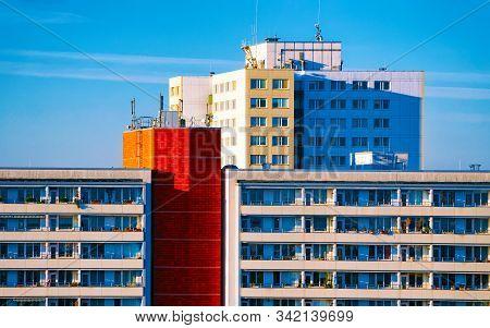 Modern Apartment House Buildings Architecture Berlin Reflex