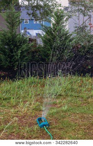 Oscillating Sprinkler Modern Irrigation Supply Watering Garden