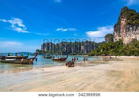 Krabi Town, Thailand - November 23 2019: Traditional Longtail Boats Parked At Railay Beach In Krabi,