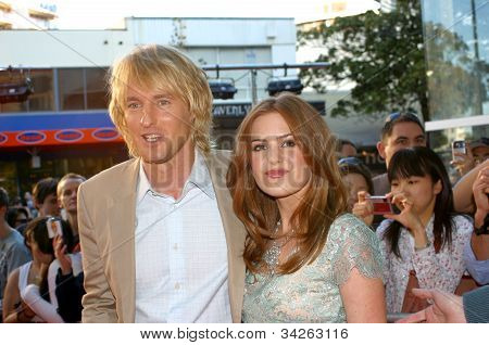 Owen Wilson and Isla Fisher