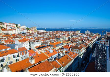 Portugal, Panoramic View Of Old Town  Lisbon In Summer, Touristic Centre Of Lisbon, St. George Medie