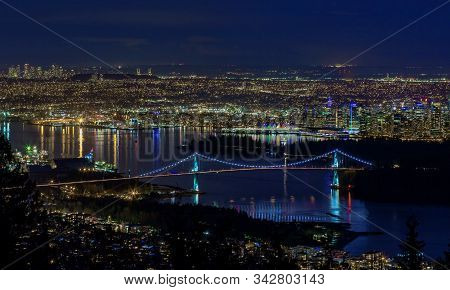 View From Mount Cypress To Vancouver Harbor, Metro  Vancouver, Vancouver Downtown And Lion Gate Brid