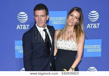 LOS ANGELES - JAN 02:  Antonio Banderas and Nicole Kimpel arrives for the PSIFF Awards Gala 2020 on January 02, 2020 in Palm Sprimgs, CA