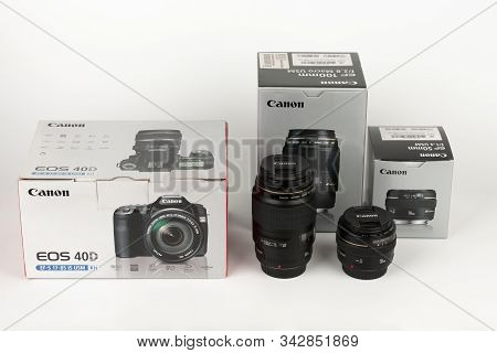 Brnenec, Czech Republic-august 13, 2019:  Three Boxes, And Two Lenses Canon 40d,  Canon Ef 100 Mm F
